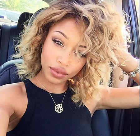 Short Curly Hairstyles Black Women - 10-