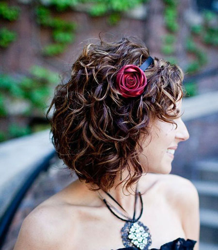 Short Curly Hairstyles Black Women - 28