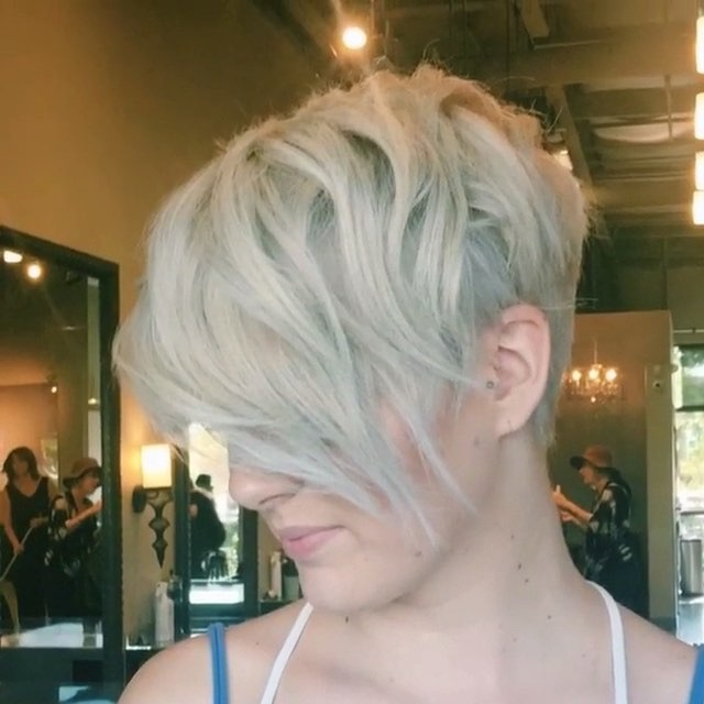 Best Pixie Cuts and Color