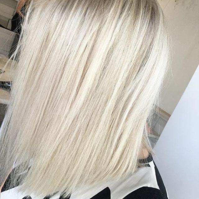 Short Creamy Blonde Hair