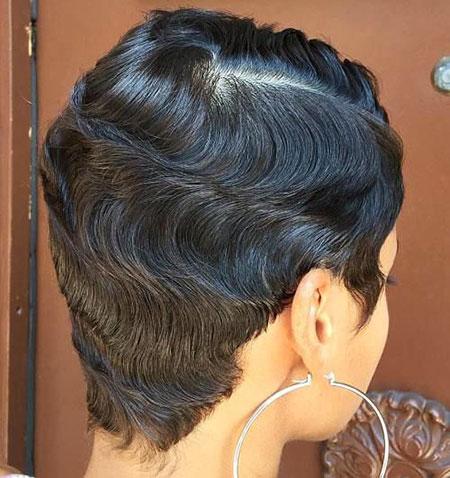 Short Curly Hair - 18-