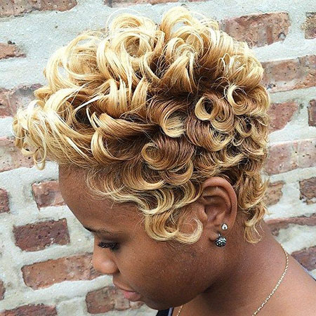 Short Hairstyles with Bangs - 30-