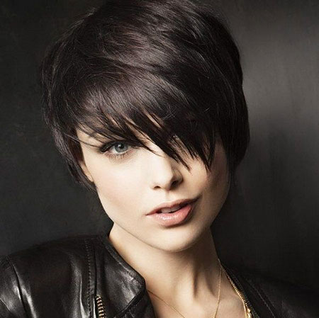 Short Haircuts for Black Women - 22