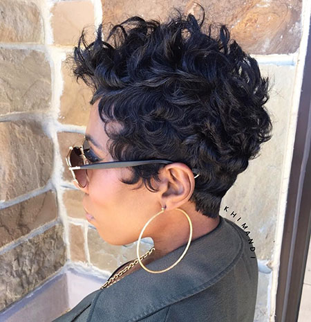 Short Curly Hairstyles Black Women - 25