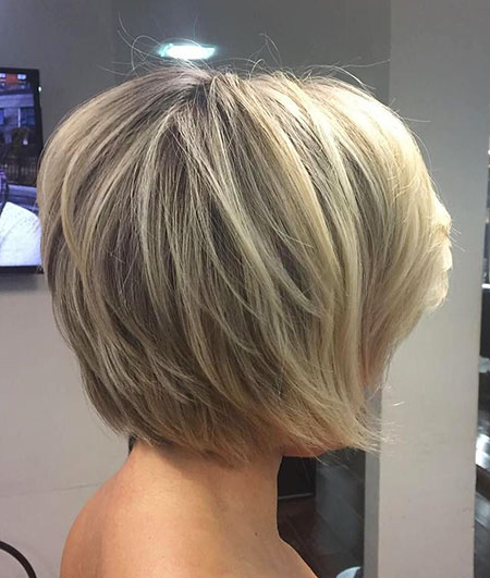 Stacked Layered Bob Hair