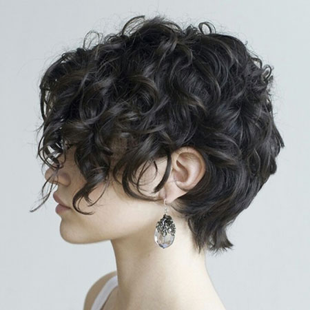 Short Curly Hairstyles Black Women - 7