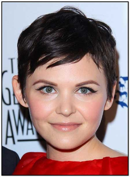Short Haircuts for Round Faces - 14