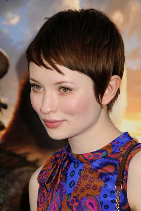 Short Haircuts for Round Faces - 9