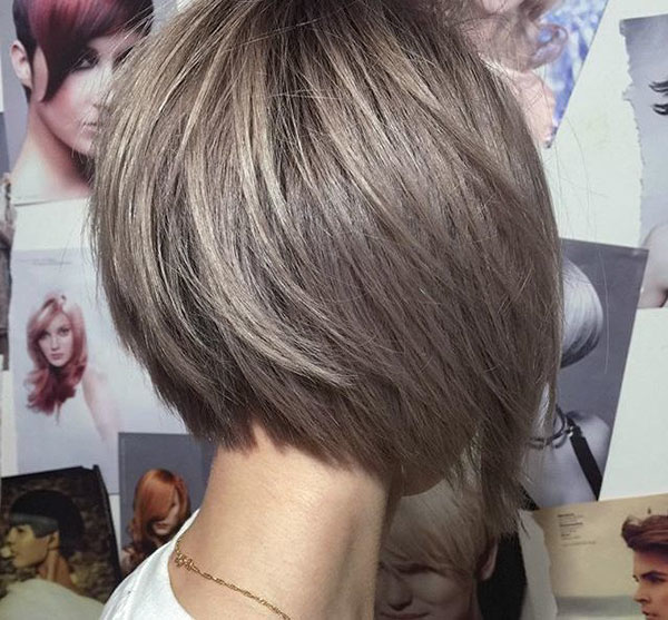 Inverted Layered Bob Hairstyle Images