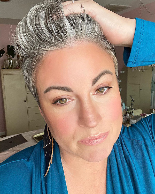 Great Short Haircuts For Over 40