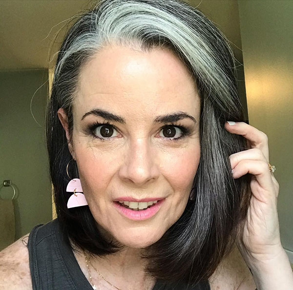 Short Haircuts Over 40