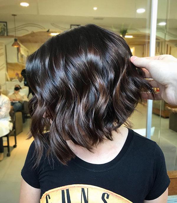 Classy Hairdo For Short Hair