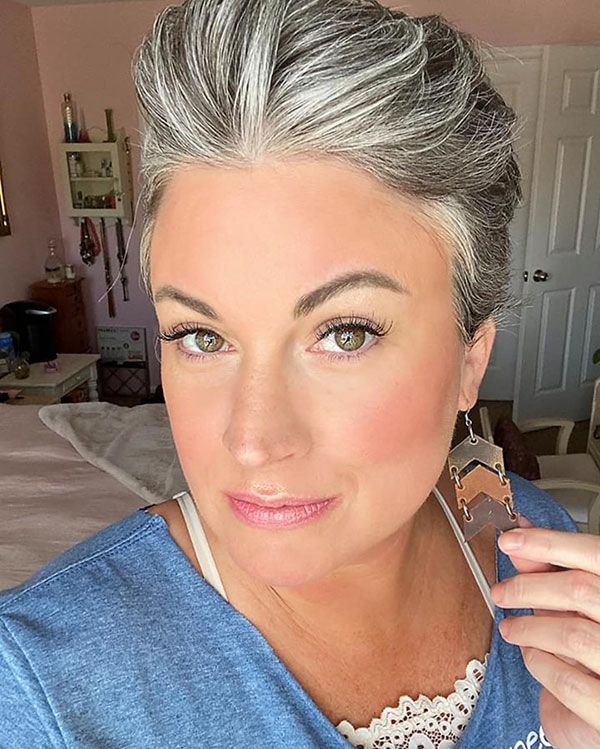 Best Short Hairstyles For Over 40