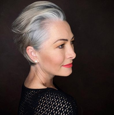 20-the-best-short-haircuts-for-women-over-50-of-new-year