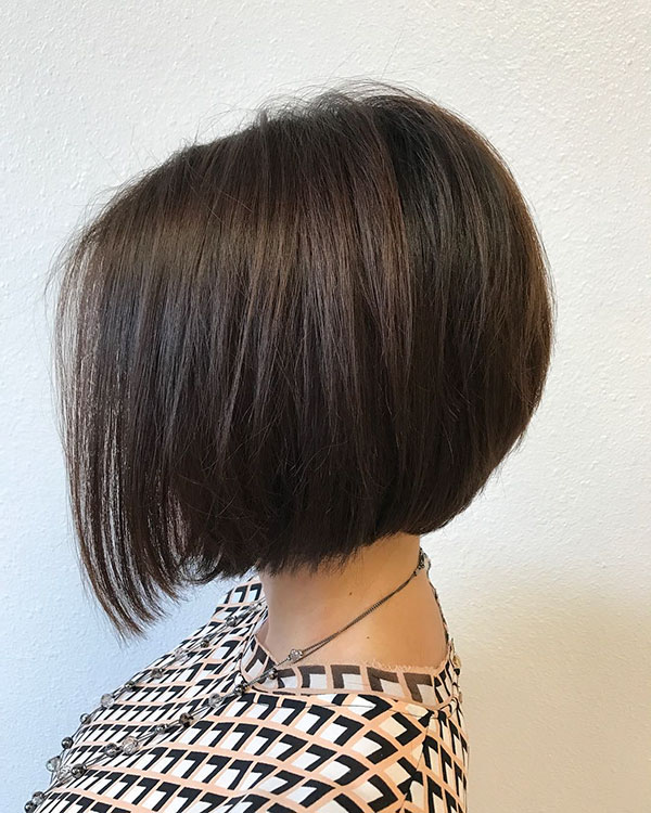 female short bob haircut