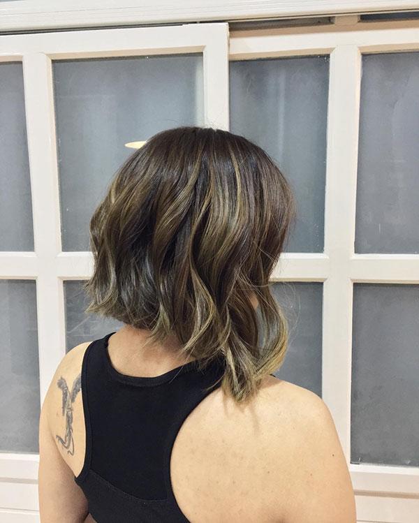 ladies short hair cut 2021