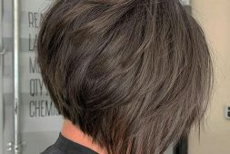 30-bob-style-haircuts-that-frame-the-face-gracefully